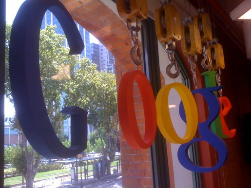 Google inauguró un nuevo piso en sus oficinas, con la meta de ampliar en un 40% el personal durante 2011.