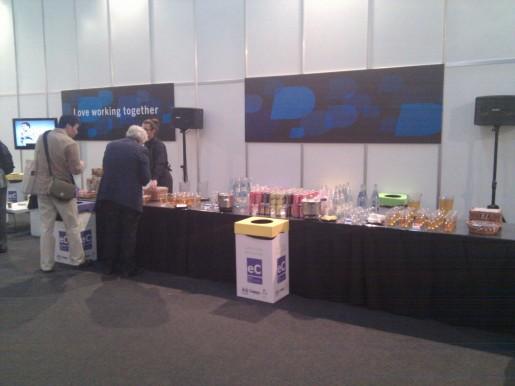 INVITA RIM. La mesa con algunos productos para degustar, gentileza del fabricante de BlackBerry.