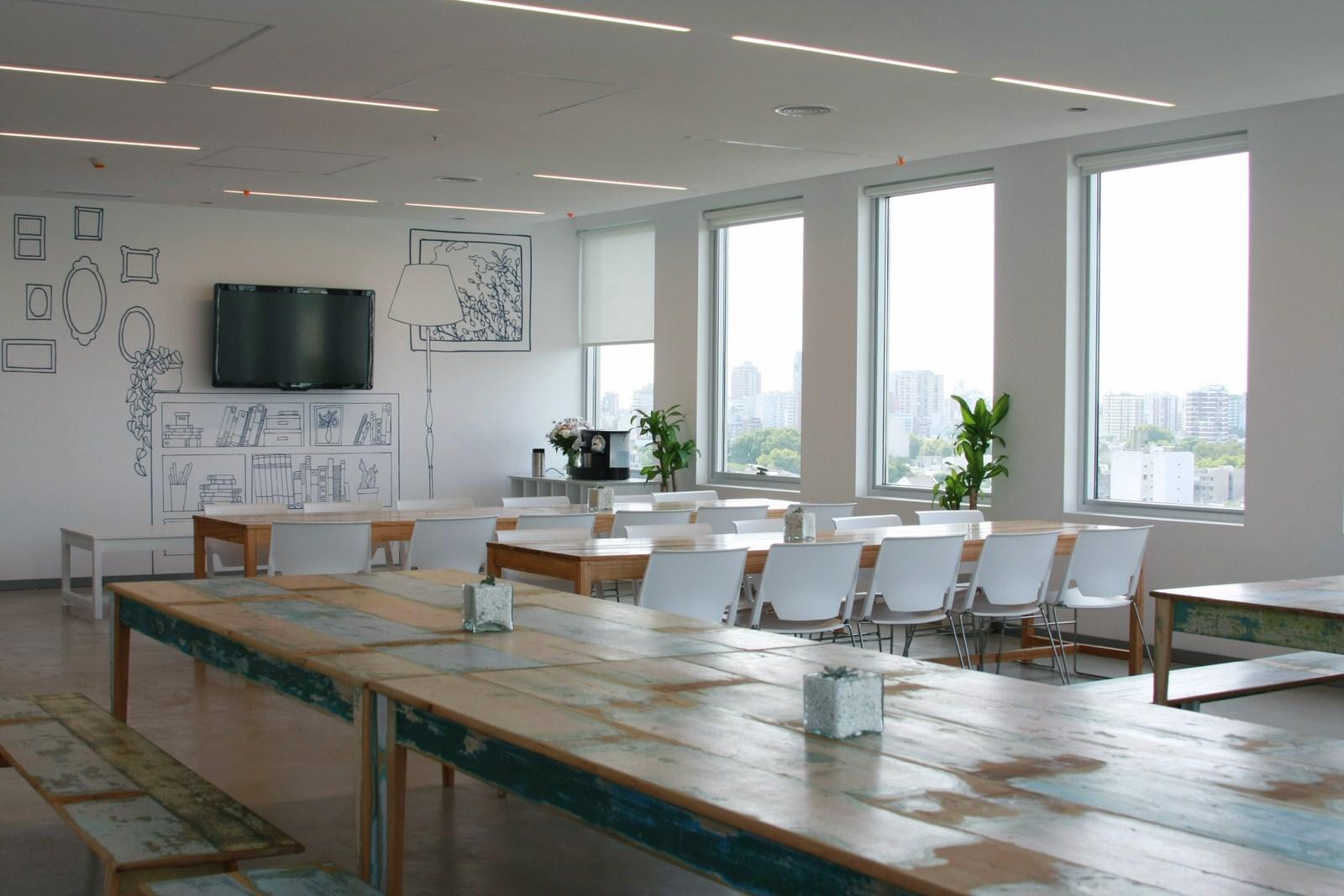 Oficina publica saludable oficinas de mercadolibre en la - Comedor empresa ...
