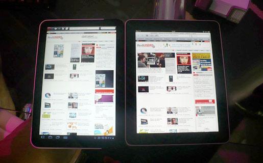 Motorola Xoom posee un tamaño más alargado que el iPad 1, permitiendo que se visualice más información en una página web.