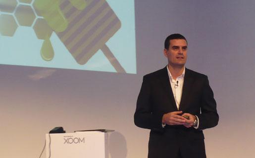 """El ejecutivo afirmó que las tablets no son alcanzadas por las LNA porque no tienen """"voz"""" ni teclado."""