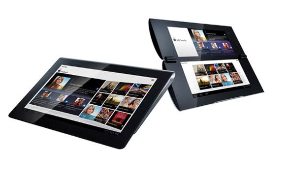"""La S1 (izquierda) es una tablet """"convencional"""", en tanto que la S2 (derecha) posee un formato """"clamshell"""""""