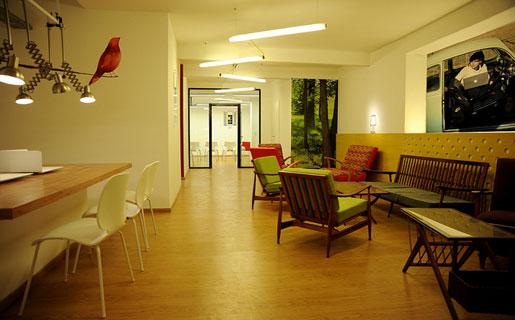 Llega a buenos aires el concepto de oficina m vil redusers for Concepto de oficina