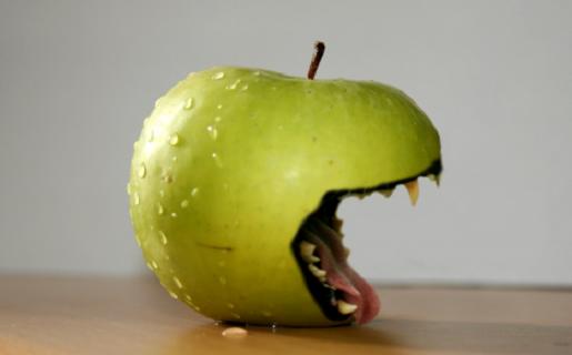 Apple va por todo y sin piedad en la guerra de patentes.