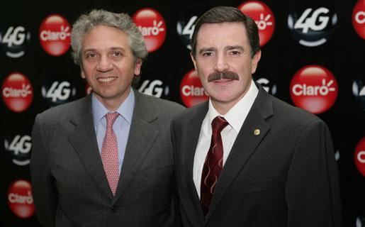 Fernando Del Río y Rogelio Viesca, Director de Mercado Masivo y CEO de Claro, respectivamente.