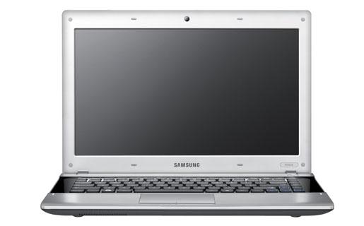 """Samsung RV420 es el equipo """"tope de gama"""" de la firma que están fabricando en Tierra del Fuego."""