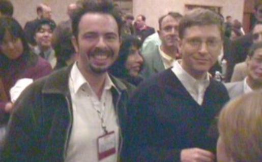 Las Vegas 1997, con mi amigo Bill Gates (cámara: Sony Mavica de 0,3 Megapíxeles con diskette).