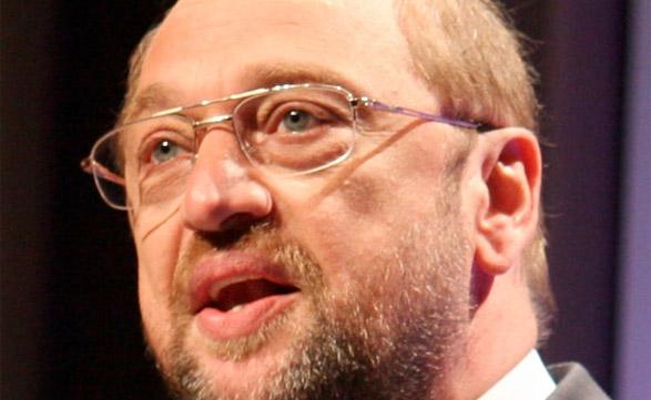 Martin Schulz, Presidente del Parlamento Europeo, en contra de la aplicación de ACTA.
