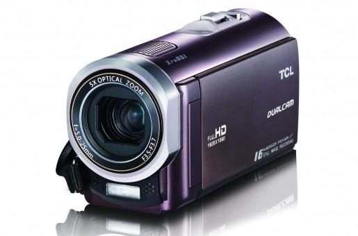 Por sus dimensiones y bajo peso, la TCL D868 FHD es fácilmente transportable.