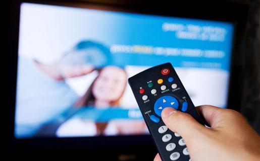 El Grupo Clarín deberá optar por tener canales de cable (TN y otros) o de aire (El Trece). Además, se relanzaron pliegos para la TV digital abierta.