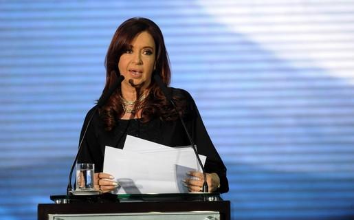 Cristina Fernádez inauguró el datacenter de ArSat en Benavidez y aprovechó para anunciar la llegada del operador móvil estatal.