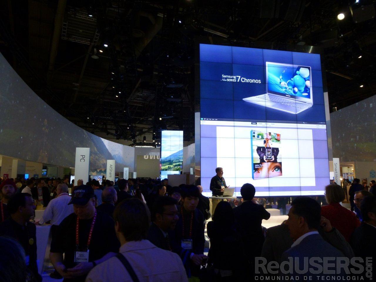 Una vista del imponente espacio de Samsung en la CES 2013