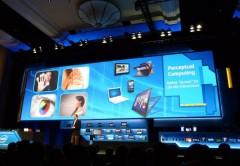 Intel hizo foco en las nuevas interfaces naturales humanas (Natural Human Interfaces) para usar reconocimiento de voz, rostros, gestos y movimientos faciales.