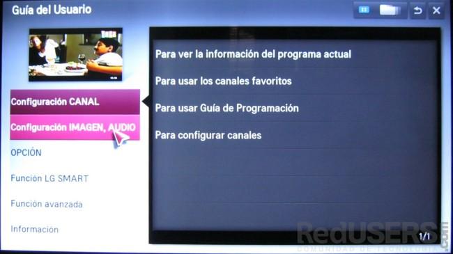 El equipo cuenta con un manual del usuario, que lo guía en el uso de las funciones del SmartTV.