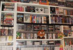 Esto es una pequeña parte de la colección de videojuegos que un usuario italiano ha puesto a la venta en eBay por más de medio millón de dólares.