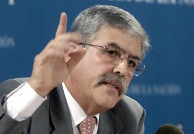 De Vido criticó a las telefónicas por querer poner 4G en Capital Federal y desatender inversiones en el resto del país.