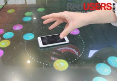 El Multimedia Desk funciona con cualquier equipo que posea NFC.