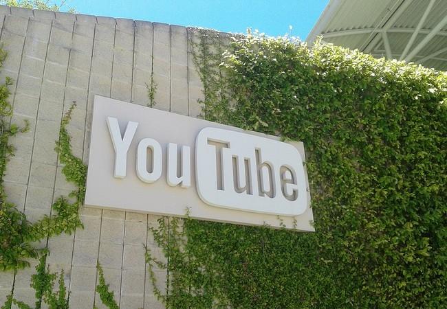 Para YouTube la base de su éxito se encuentra en la Generacion C, gente que creció consumiendo videos, que usa múltiples plataformas, y que ve poca televisión.