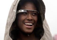 Por el momento los Google Glass trabajarán solo con aplicaciones basadas en la nube.