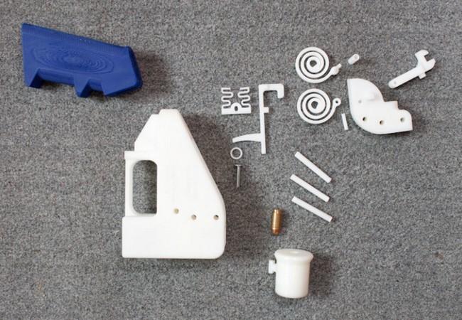La Liberator está compuesta por 15 partes plásticas más un clavo estándar.