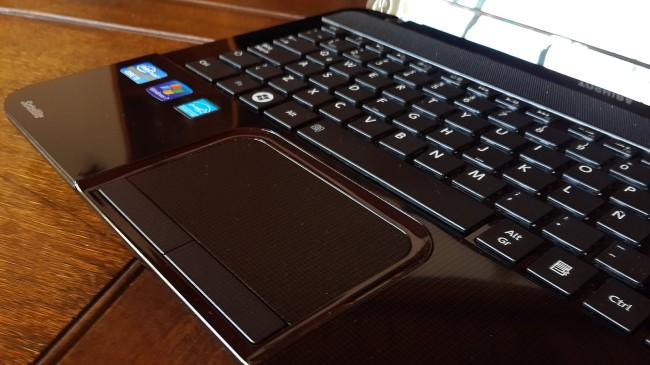 El diseño del touchpad, nos resultó muy cómodo.