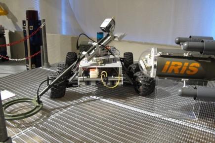 Un robot dedicado a rastrear y detectar minas terrestres.