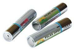 TElec.Nota06c Las pilas están constituidas por dos electrodos: uno de carbón y otro de cinc. El polo negativo lo forma el propio recipiente, y el polo positivo es una barra de carbón con un terminal metálico.
