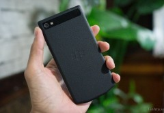 Blackberry estaría desarrollando una nueva terminal junto a la firma Porsche Design. El equipo saldría a la venta recién en 2014.