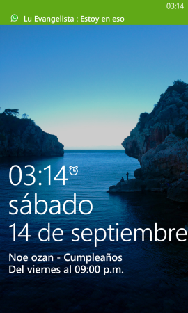 La pantalla de bloqueo del terminal nos da información básica sobre eventos futuros, alarma y notificaciones.