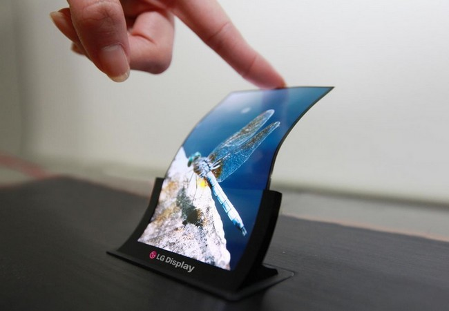 Además de flexibles, estas pantallas son las más delgadas del mundo: 0,44 mm de espesor.