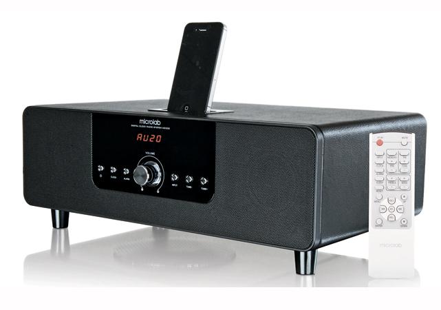 Microlab nos ofrece un modelo de audio dock compatible con los productos de Apple con un diseño sobrio y elegante. Pero no solo se trata de una cara bonita, el MD332 cuenta con una potencia RMS de 54 W y presenta un subwoofer para ofrecernos graves bien profundos. El equipo se destaca por contar con un sintonizador digital que nos ofrece la posibilidad de escuchar radio AM y FM. Precio: ARS $1549