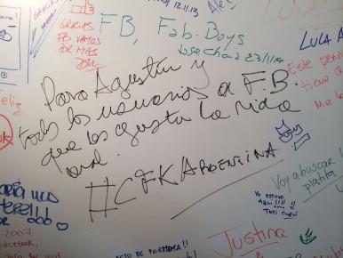 """El mensaje de Cristina Fernández en el """"muro"""" de Facebook Argentina."""