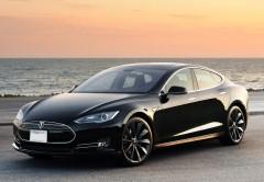 Los Tesla S podrán ser puestos en marcha con una app de iOS