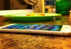 Un iPhone 6 Plus doblado por el uso.