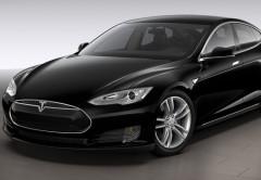 Todos los futuros modelos Tesla tendrán opción de piloto automático.