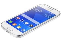 El Galaxy Ace Style posee una pantalla SUper AMOLED de 4.3 pulgadas.