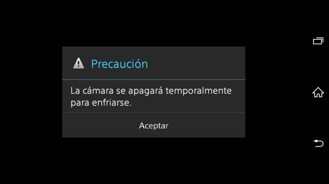Esta fue la advertencia que nos dió luego de unos minutos con la app de cámara encendida.