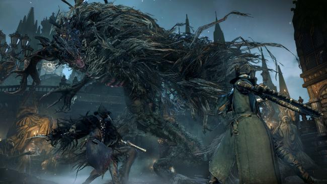 Otro jugador dándonos una mano para derrotar a una de las bestias.