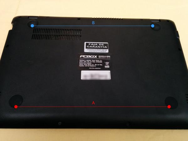PCBOX Cray: Patas de apoyo traseras levemente elevadas.