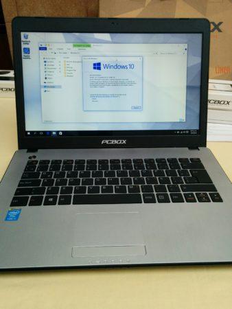 Un equipo liviano, estéticamente agradable, y con sistema operativo Windows 10 Home Single Language.