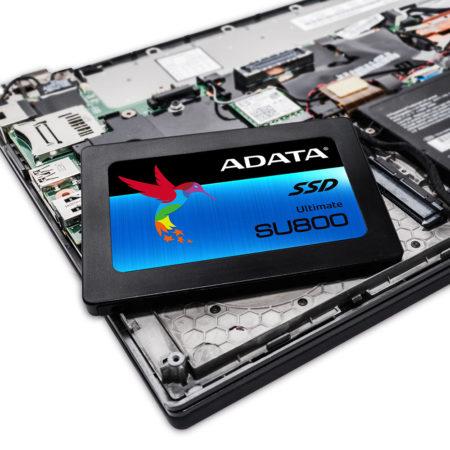 adatasu800_laptop