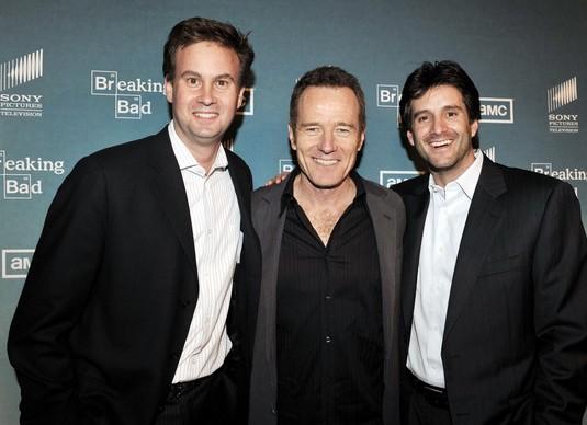 Apple contrata a dos altos ejecutivos de Sony TV