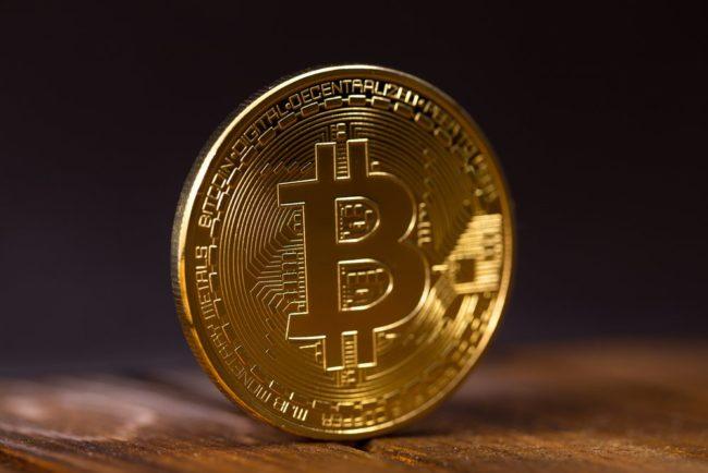 Bitcoin supera por primera vez los 5.000 dólares
