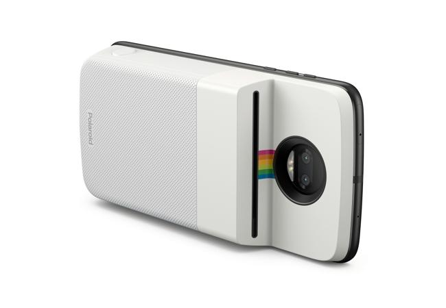 Polaroid crea un Moto Mod para imprimir tus fotos al instante
