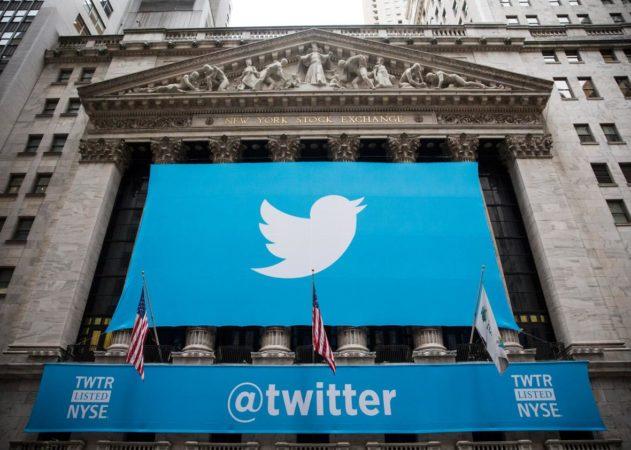 Facebook se desploma otra vez en Wall Street
