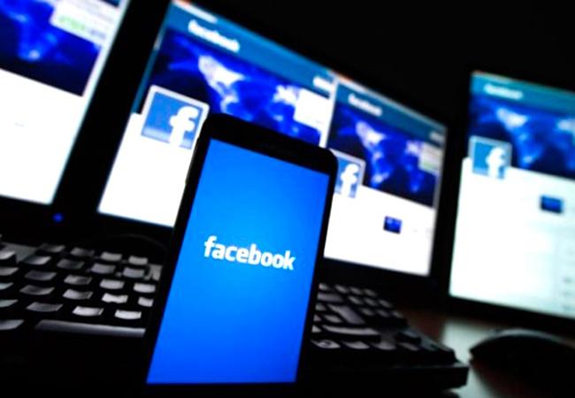 Facebook confirma que vende los datos de sus usuarios