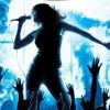 El karaoke no solo se puede disfrutar en locales bohemios, sino también en el living de nuestra casa.